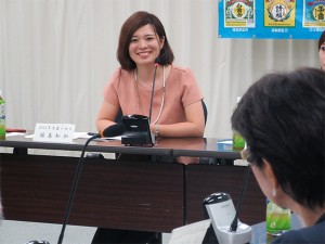 2016_06-27_awamori-queens-supporters_appointed-by-the-okinawa-national-tax-office04