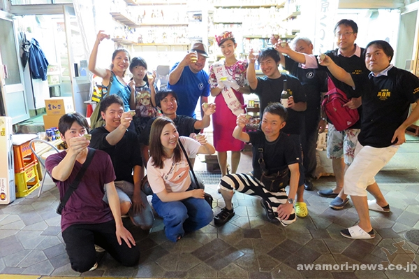 2017_09-02_aim-for-10000-people_awamori-cheers-icharibachode-festival07