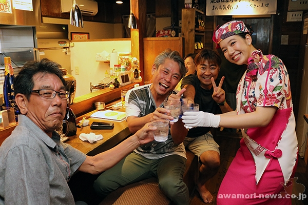 2017_09-02_aim-for-10000-people_awamori-cheers-icharibachode-festival17