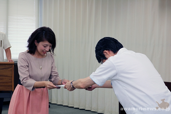 2018_04-05_13-people-awamori-queens-supporters_appointed-by-the-okinawa-national-tax-office08