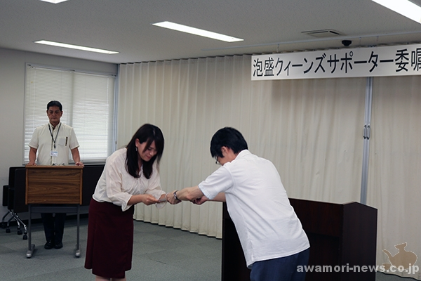 2018_04-05_13-people-awamori-queens-supporters_appointed-by-the-okinawa-national-tax-office09