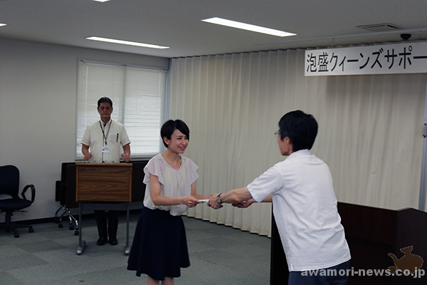2018_04-05_13-people-awamori-queens-supporters_appointed-by-the-okinawa-national-tax-office10