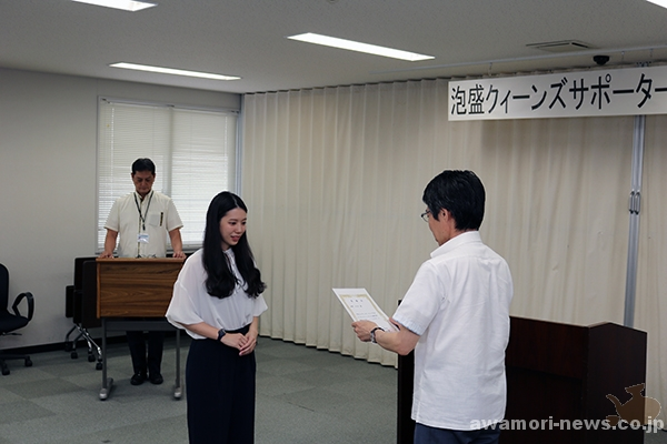 2018_04-05_13-people-awamori-queens-supporters_appointed-by-the-okinawa-national-tax-office11